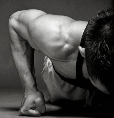 ベンチプレスと肩の痛み