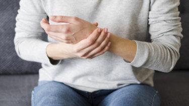 尺側手根伸筋腱炎の原因・症状・治療法