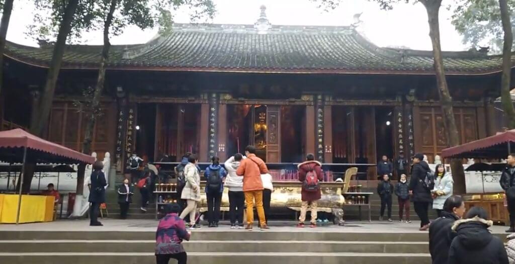 楽山大仏の寺