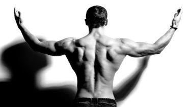 翼状肩甲骨症の原因・症状・治療法